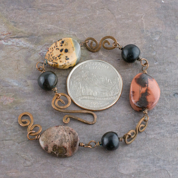 Small woman's Bracelet in Natural Stones